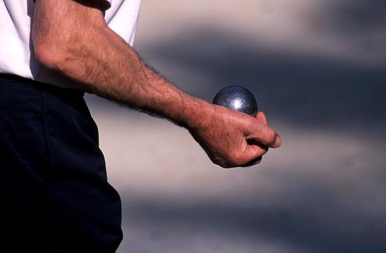 Actualit comment pointer la p tanque club p tanque esa petanque cl - Comment tenir une boule de petanque ...